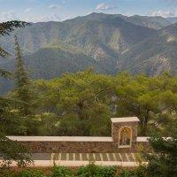 Кипр, горы, дорога к часовне. :: Андрей Самсонов