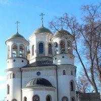 Храм в Звенигороде :: Мила