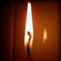 Когда в душе покоя нет - зажги свечу на радость людям! :: Андрей Заломленков
