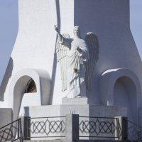 Фрагмент основания скульптурного образа Христа Воскресшего :: Герасим Харин