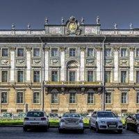 Мраморный дворец - Константиновский дворец :: Valeriy Piterskiy