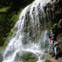 У водопада :: Надежда