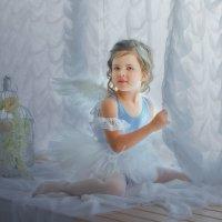 Маленькая балерина (на подоконнике). :: Ольга Егорова