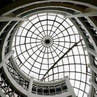 купол в здании :: Svetlana Shalatonova