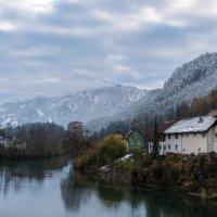 А за речкой - Альпы... :: Виктор Льготин