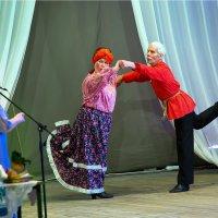 Танцуют пожилые :: Валентин Кузьмин