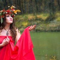 """""""... Прикосновеньем осень осенит всё то, что было неприкосновенно"""". :: Марина Щуцких"""