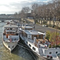 Парижские  дома  на  воде ! :: Виталий Селиванов