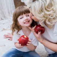 Мама и дочка :: Ольга Шалина