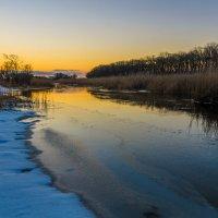 Морозный вечер на речке. :: Владимир M