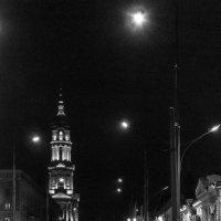 Университетская улица вечером :: Валерий Голоха