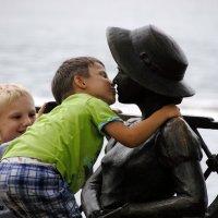 Первый поцелуй :: Михаил Смуров