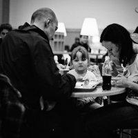В кафе :: Андрей Еремеев