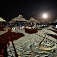 ...покинутый пляж полнолуния... :: Дмитрий Цымбалист