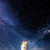 Небесный маяк :: Антон Лопуховский