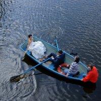В семейной лодке :: Алексей Соминский