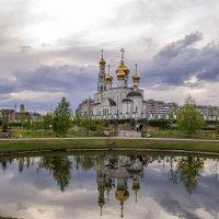 Вечерний собор :: юрий Амосов