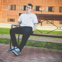 Я :: Антон Юров