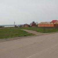 Посёлок на берегу :: Наталья Золотых-Сибирская