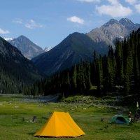 Лагерь в Аю-Тор. :: Kенжебек Токочев