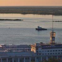 Вечер на  реке :: Елена Артамонова