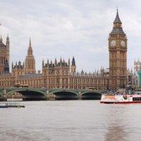 А я уеду жить в Лондон... :: Сергей Лошкарёв