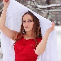 red :: Alexandra Dugina