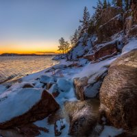Ледяной ручей на берегу Ладоги. :: Фёдор. Лашков