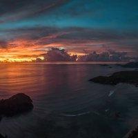 Закат над океаном :: Дмитрий Лаудин