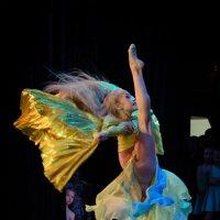 Танец :: Александр Мантров