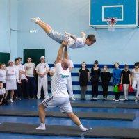 семейная акробатика :: Екатерина Краева