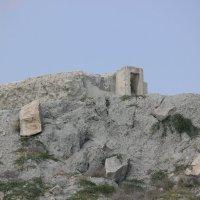 Архитектура Крыма -118.Военные сооружения. :: Руслан Грицунь