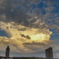 Небо над городом :: Виктор Четошников