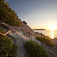 Утро на необитаемом острове :: Юрий Кольцов