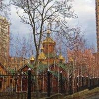 Храм святителя Луки и Архангела Михаила :: Александр Корчемный
