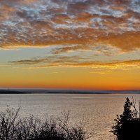 Вечер на озере :: Vladimir Lisunov