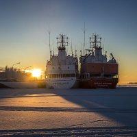 Зимняя спячка кораблей... :: Алёна Михеева