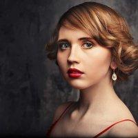 Lady in red :: Илья Киряков