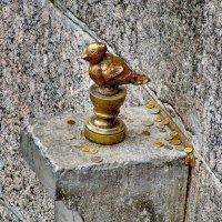 Памятник Чижику-Пыжику на Фонтанке. :: Владимир Ильич Батарин