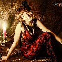Девушка и свечи :: Светлана Трофимова