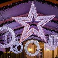 Christmas lights :: Alena Kramarenko