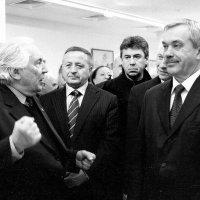 Губернатора бьют :: Сергей Буданов
