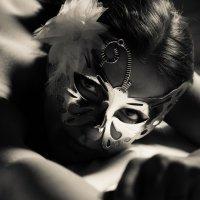 в маске :: Александр Сомов