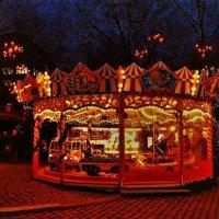 Вечерний Гамбург перед Рождеством (серия). Праздничная карусель :: Nina Yudicheva