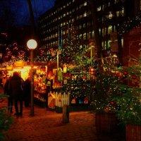 Вечерний Гамбург перед Рождеством (серия). Среди ёлок и праздничных огней :: Nina Yudicheva