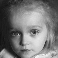 Портрет дочки :: Сергей Гойшик