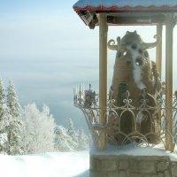 Колокол-вестник на горе Церковка. Алтай. :: Ольга