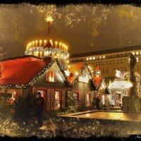 Вечерний Гамбург перед Рождеством (серия). Памятник Гейне и рождественские огни :: Nina Yudicheva