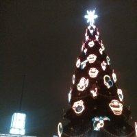 Праздничная елка у Финляндского вокзала! (Санкт-Петербург) :: Светлана Калмыкова