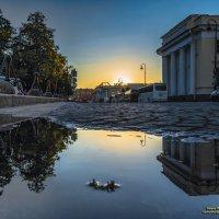 Городской закат :: Valeriy Piterskiy